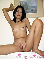 Nude Fingering Pussy