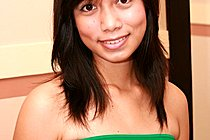 Pretty Filipina Teen Janice Delos Strips Green Top And Red Panti