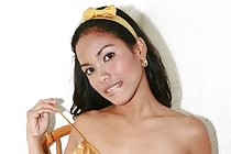 Small titted Filipina beauty Dary Herrera posing nude