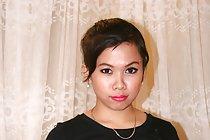 Short haired shaved Filipina Nikki Dantis sucking white cock